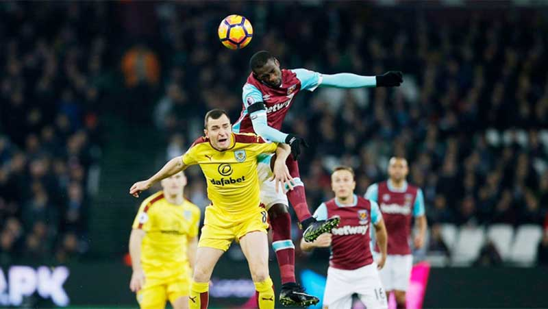 Relegation Haunted West Ham Face Burnley In The Claret & Blue Derby