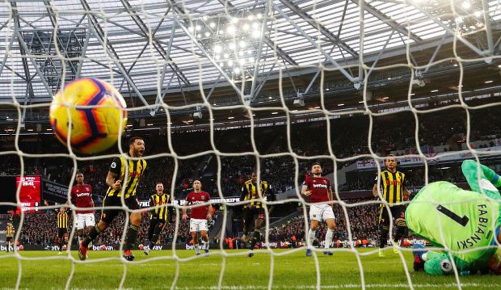 Five Festive Takeaways As West Ham's Winning Run Shudders To A Halt InStratford
