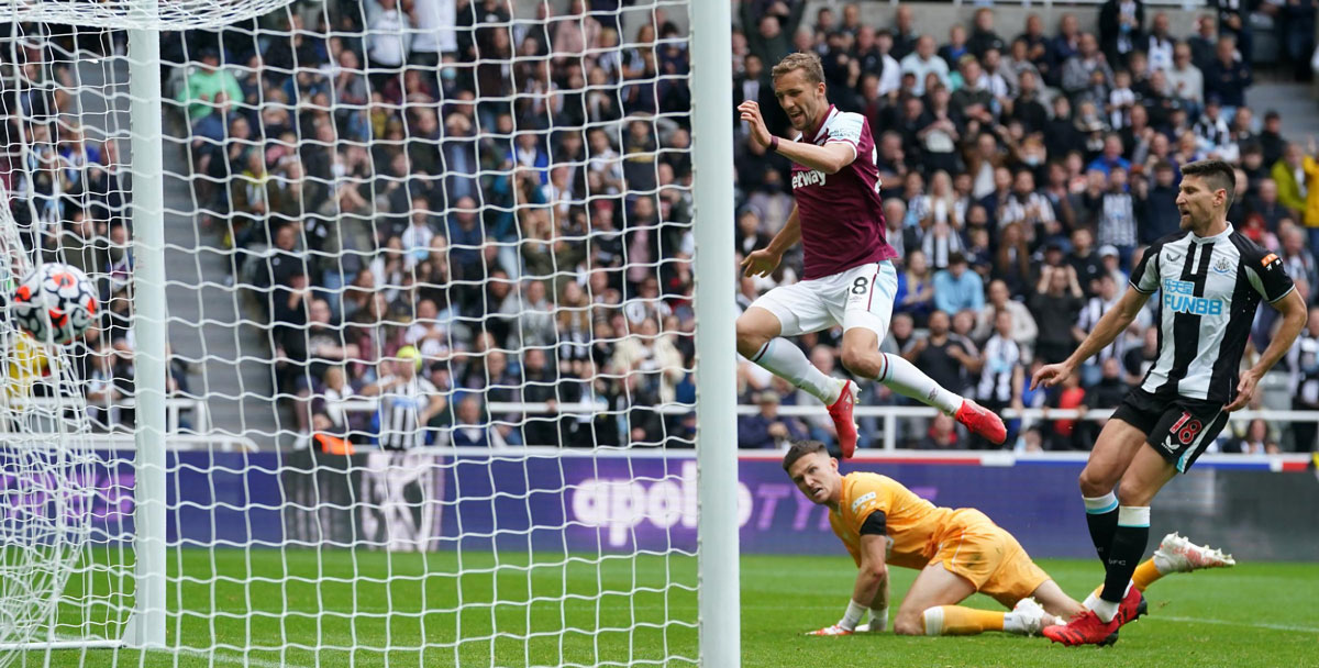 Whistling A Happy Toon: Five Takeaways From West Ham's Opening Day Rout At St James'Park
